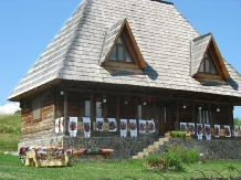 Casele de vacanta Luca si Vicentiu - accommodation in  Maramures Country (05)
