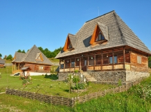 Casele de vacanta Luca si Vicentiu - accommodation in  Maramures Country (31)