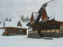 Casele de vacanta Luca si Vicentiu - accommodation in  Maramures Country (38)
