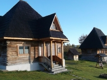 Casele de vacanta Luca si Vicentiu - accommodation in  Maramures Country (42)