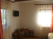 Casele de vacanta Luca si Vicentiu - accommodation in  Maramures Country (52)