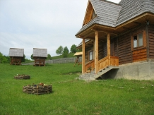Casele de vacanta Luca si Vicentiu - accommodation in  Maramures Country (68)