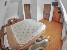 Casele de vacanta Luca si Vicentiu - accommodation in  Maramures Country (100)