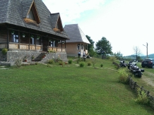 Casele de vacanta Luca si Vicentiu - accommodation in  Maramures Country (105)