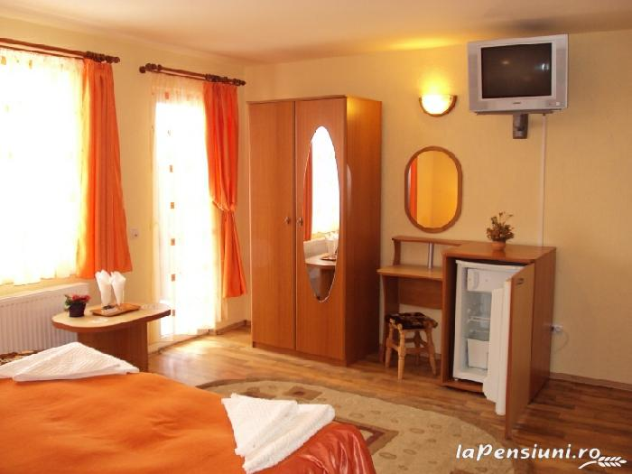 Pensiunea La Munte - accommodation in  Rucar - Bran, Moeciu (02)