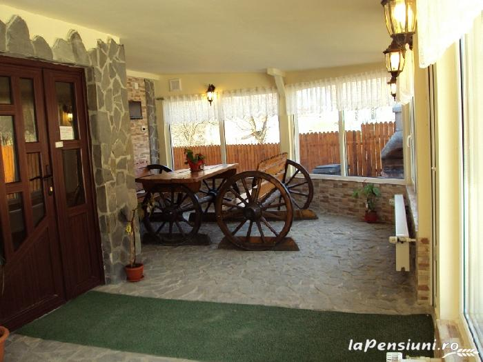 Pensiunea La Munte - accommodation in  Rucar - Bran, Moeciu (04)