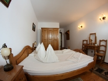 Pensiunea Vraja Muntelui - accommodation in  Apuseni Mountains, Motilor Country, Arieseni (08)