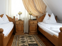 Pensiunea Vraja Muntelui - accommodation in  Apuseni Mountains, Motilor Country, Arieseni (09)