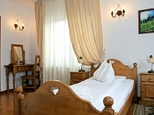 Pensiunea Vraja Muntelui - accommodation in  Apuseni Mountains, Motilor Country, Arieseni (14)