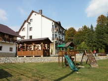 Pensiunea Vraja Muntelui - accommodation in  Apuseni Mountains, Motilor Country, Arieseni (30)