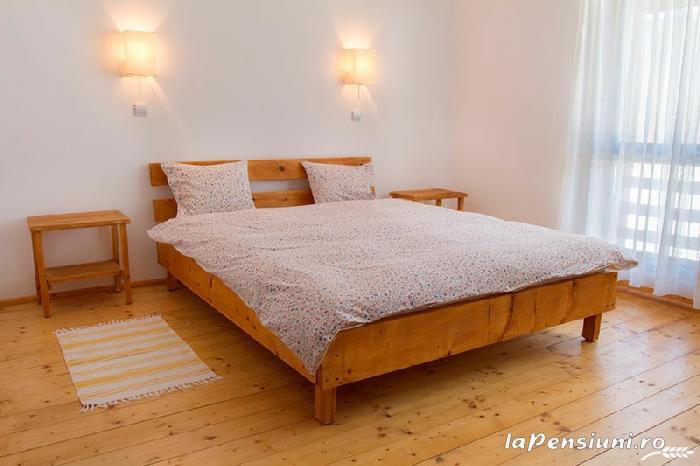 Casa Georgescu - accommodation in  Rasnov (04)