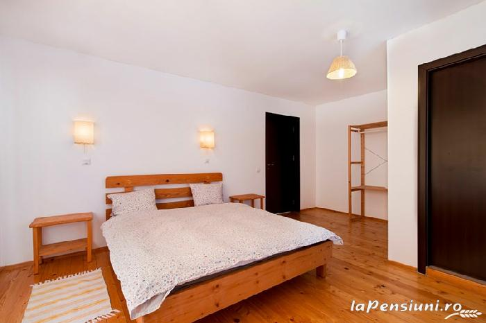 Casa Georgescu - accommodation in  Rasnov (12)