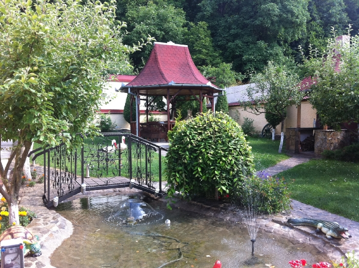 Pensiunea Cristina - accommodation in  Rasnov (01)