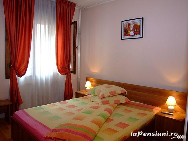 Pensiunea Magic - accommodation in  Cernei Valley, Herculane (08)