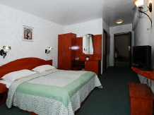 Pensiunea Select - accommodation in  Cernei Valley, Herculane (11)