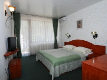 Pensiunea Select - accommodation in  Cernei Valley, Herculane (13)