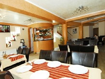 Pensiunea Select - accommodation in  Cernei Valley, Herculane (14)