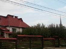 Pensiunea Man Nistor - accommodation in  Maramures Country (02)