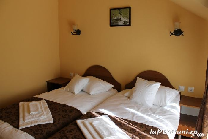 Pensiunea Agroturistica Renata - accommodation in  Apuseni Mountains (15)