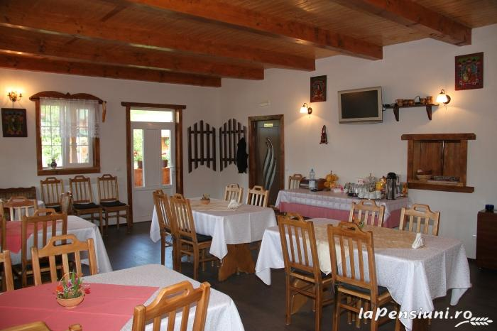 Pensiunea Turlas - accommodation in  Maramures Country (04)