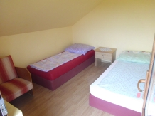Casuta de vacanta - accommodation in  Maramures Country (03)