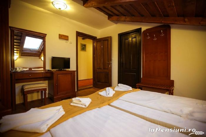 Pensiunea Roua Muntelui - accommodation in  Apuseni Mountains (02)