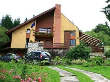 Rural accommodation at  Pensiunea Clarina