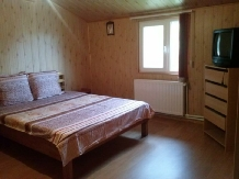 Vila Roz - accommodation in  Valea Doftanei (04)