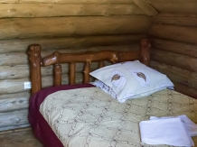 Cabana Strabunilor - accommodation in  Apuseni Mountains, Belis (09)