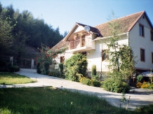 Rural accommodation at  Pensiunea Paradis